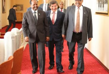 Turkish foreign minister meets presidents of Somali and Somaliland
