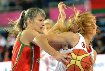 Turkish Women's Basketball Team took a 55-41 victory over Belarus and advanced to the semi-finals in Orchies at FIBA Eurobasket France