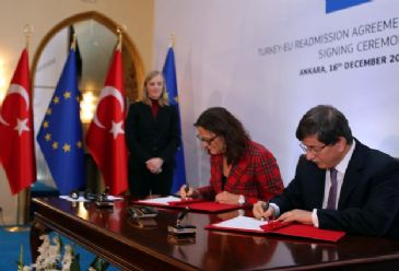 For visa liberalization dialogue to start, Turkey signs a readmission agreement for the processing of illegal immigrants entering the EU through Turkey