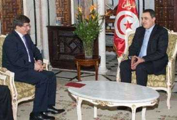 The Tunisian government has received $200 million from Turkey, the second and final tranche of a $500 million loan pledged by Ankara last year, Tunisian Foreign Minister Al-Mongey Hamdi said Tuesday.