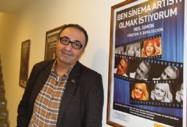 City Theatres Artistic Director says around 2,000 people a day watch plays in Istanbul