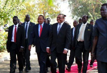 Uhuru Kenyatta says Africa cannot rely on