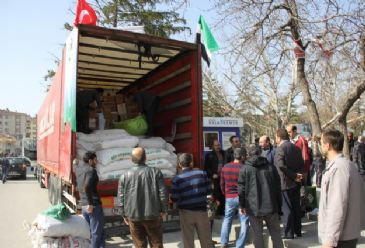 Turkish NGO sends aid to Syria as part of