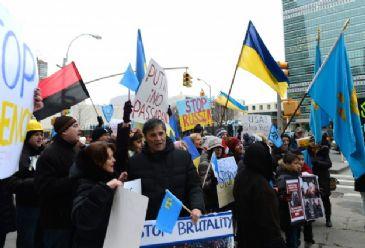 Ukraine prepares for contingencies after Russia raises rhetoric on military intervention