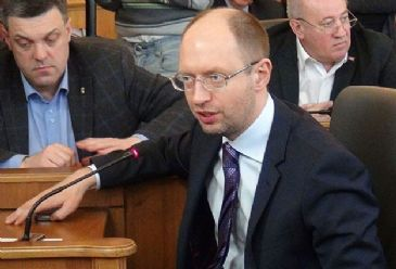 Discussions about the Ukrainian political crisis will take place during Yatsenyuk`s talks