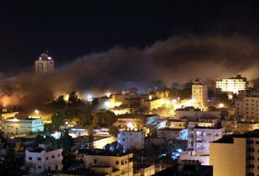 Israeli planes struck 29 targets in several areas in the Palestinian territory, Israeli daily Yediot Aharonot reported.