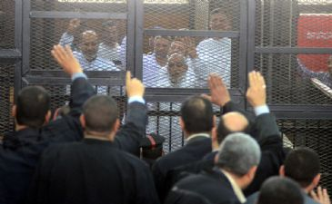 A criminal court in the southern Egyptian province of Minya on Thursday ordered the release of 20 supporters of ousted president Mohamed Morsi over charges of staging