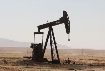 Crude oil prices drop as markets fear weak global demand despite Crimea's