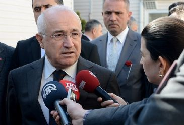 Turkey does not recognize unlawful fait accompli in Crimea, says Turkey's parliament speaker
