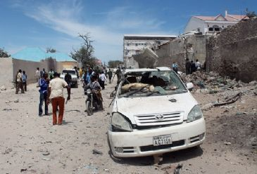 The death toll from a bomb that went off at a hotel housing Djiboutian and Somali troops in the central city of Buloburde earlier Tuesday has risen to 11, a medical source said.