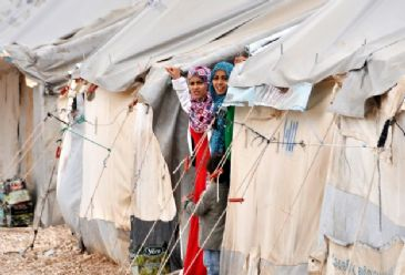 Nearly three million Syrian people have been displaced after three years of atrocities, says Turkey's emergency agency