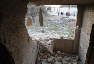 Human Rights Watch believes the UN Security Council needs to go further to stop the indiscriminate attacks on populated areas in Syria