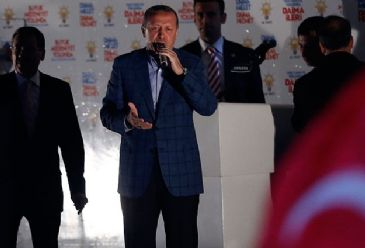 PM Erdogan criticizes the West for being silent over the sentencing to death of 529 Muslim Brotherhood members in Egypt
