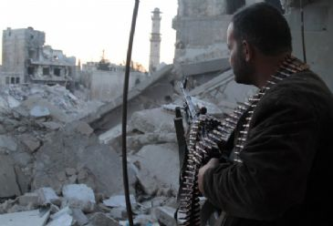 Syrian interim government has announced that it decided to donate US$500,000 to rebel fighters.