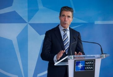 NATO leader refuted reports of pull-back from Ukraine's eastern border