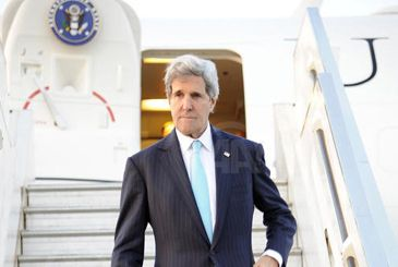 U.S. Secretary of State John Kerry is scheduled to arrive in Rabat on Friday for a two-day visit, the Moroccan Foreign Ministry announced on Tuesday.