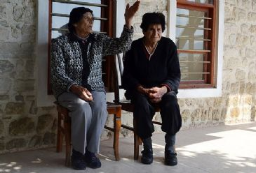 Two old Syrian Armenians saved from civil war settle in Hatay province.