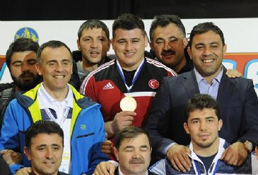 In the European Wrestling Championship in 2014, Turkish Greco-Roman wrestler, Riza Kayaalp won the gold