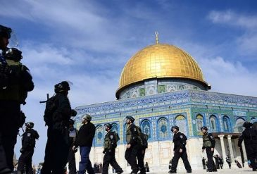 It said 133 Israelis had broken into the mosque complex on Sunday alone