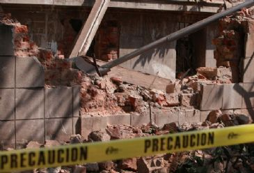 Life has returned to normal in a number of Mexican states shaken by a major earthquake Friday morning