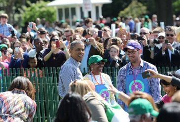 Easter events draw over 30,000 people to the South Lawn of the White House on Monday