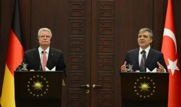 In a joint press conference on Monday both Presidents called for a reversal of the Egyptian courts decision