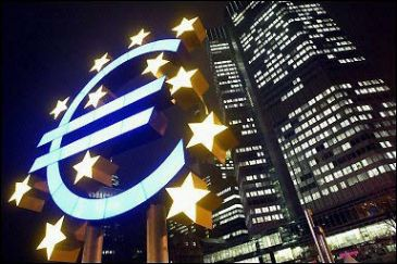 Economic sentiment of Eurozone declined in April while rising in the EU
