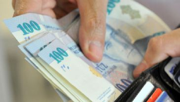 Lira value set to rise to 2.02 TL/$ due to signs of better external trade balance, says expert