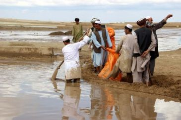 Heavy rainfall in four provinces leaves 154 people dead, displacing tens of thousands