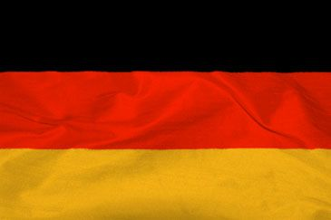 Politically motivated crimes and violent crimes increased more than 15 percent in Germany in 2013