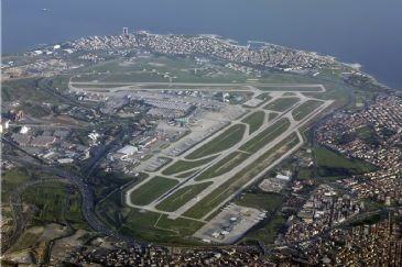 Istanbul Ataturk Airport breaks air traffic record of all time in Europe on Thursday May 1st with 1,267 landings and takeoffs