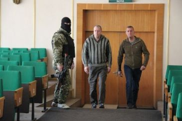 Pro-Russian separatists release seven military observers abducted last week in the eastern city of Slavyansk