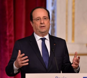 French President Francois Hollande says dialogue only way forward for Ukraine