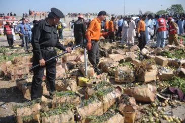 8 troops killed by bomb blast in Pakistan's northeastern region North Waziristan