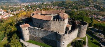 Bid to sell Gradisca d'Isonzo castle, constructed to ward off Ottoman raids in the 15th century, is cancelled