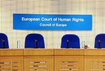 Avrupa İnsan Hakları Mahkemesi (AİHM), Türkiye'yi, 1974 Kıbrıs Harekatı'ndan dolayı 90 milyon avroluk tazminata mahkum etti.