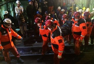 Turkey's Energy Minister has put the death toll from the country's worst mining disaster at 301