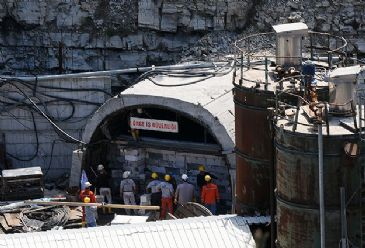 Rescue operations in Turkey's Soma mine come to an halt after rescue teams brought up the bodies of the last two remaining miners on Saturday, says owner company.