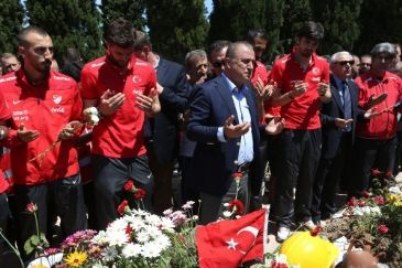 The Executive Board of Turkish Football Federation and the national football team visited cemeteries where victims of the deadliest mining disaster in Turkey's history were buried