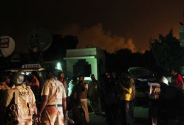 28 people, including 10 attackers, were killed and 23 injured after Taliban attacked Karachi international airport.