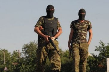 At least 15 Ukrainian soldiers werekilled and 89 wounded in the past 24 hoursinclashes between pro-Russian separatists and the Ukrainian army in the country's eastern regions, said spokesman forUkraine'sNational Security Council.