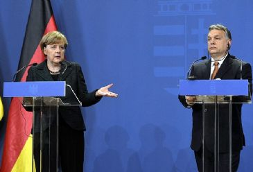 Angela Merkel says Ukrainian conflict cannot be resolved through military means