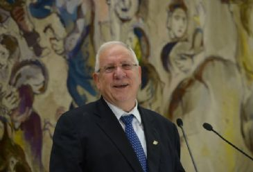 Israeli President Reuven Rivlin on Monday visited the West Bank city of Hebron amid anger among Palestinian residents