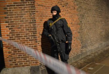 Copenhagen on high alert after two people killed and five others wounded in two seperate attacks